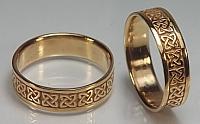 Ennis Knot wedding rings