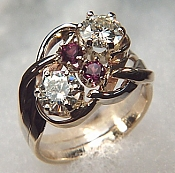 14KY cluster ring set with two diamonds and two garnets