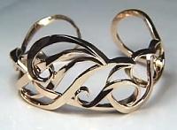 Monogram 'JMS' cuff bracelet in 14KY