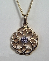 14KY Michelle Knot pendant with 4mm stone