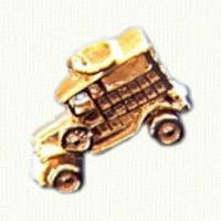 14kt gold 'Woodie' car charm